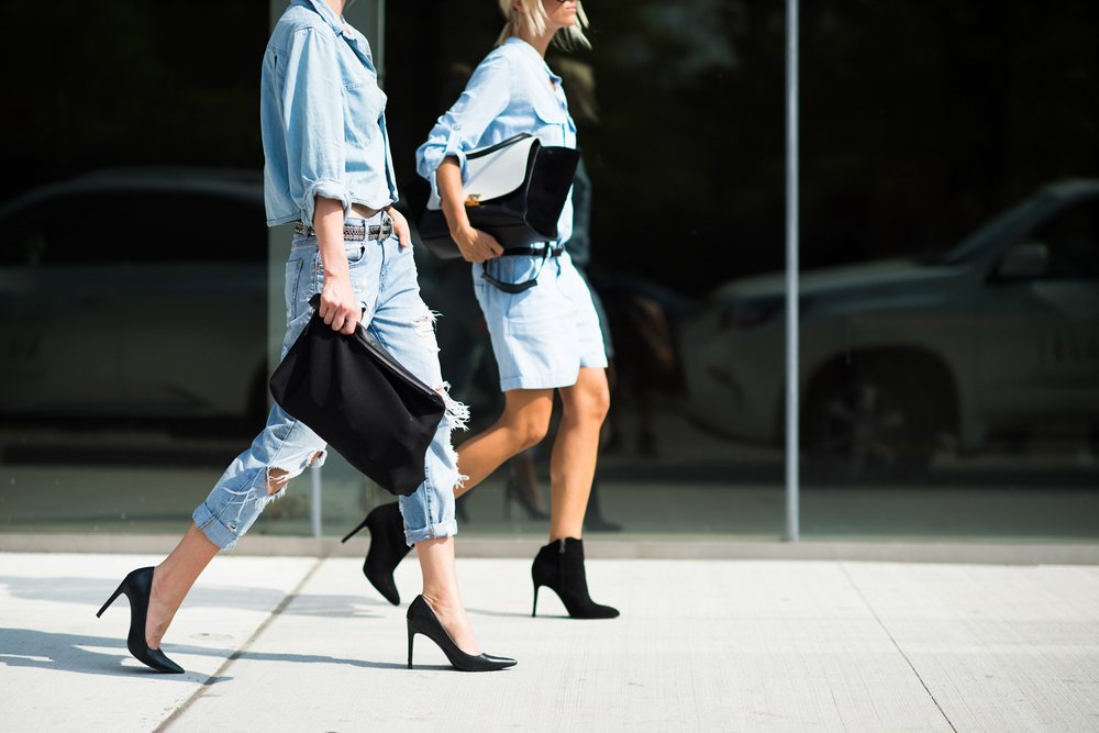 studded hearts NYFW Spring Summer 2015 shows streetstyle double denim 2 - Peace for bloggers x journalists?
