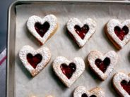 linzer-cookies-for-valentines day-01-lolla