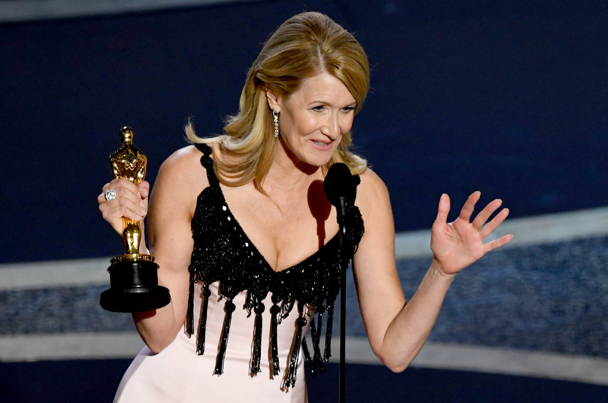 oscars 2020 winners laura dern marriage story - 7 Lovely Moments from the Oscars