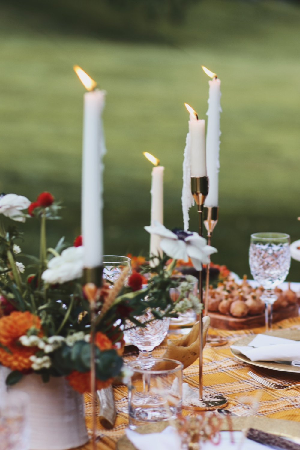 A Dreamy Woodland Inspired Rosh Hashanah Table for 2020 Rebekah Lowin - Notes on the Week