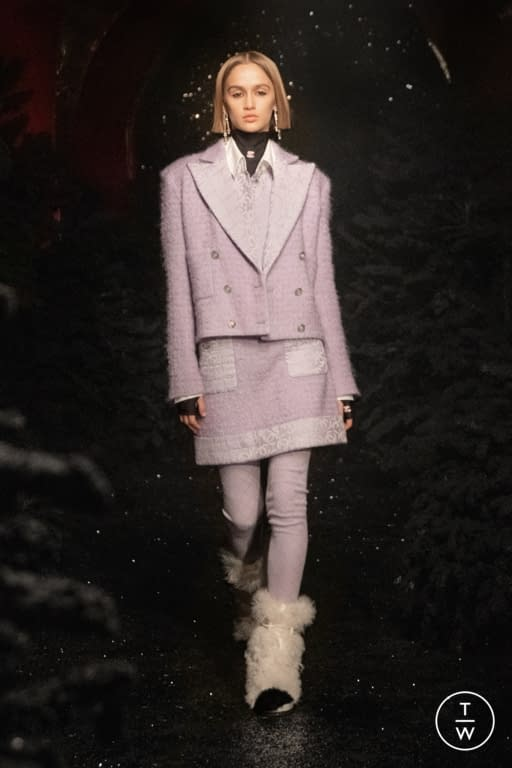 19 look 019 f0e993 - Paris Fashion Week and an Invitation to Release Dopamine