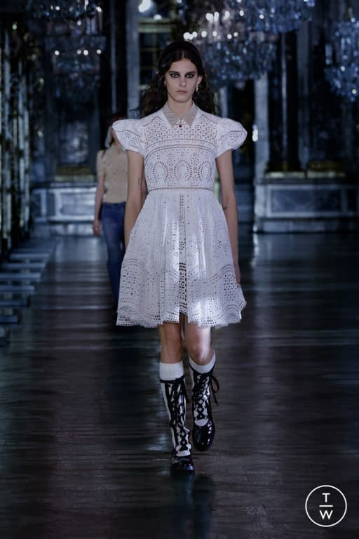 dior aw21 look 18 ca18fd - Paris Fashion Week and an Invitation to Release Dopamine