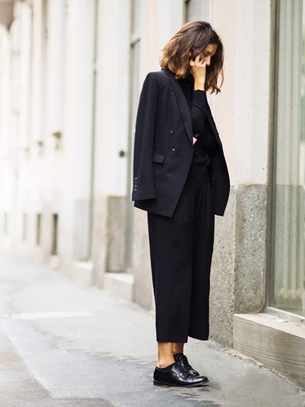 Somber Occasion Etiquette  Whats an Appropriate Outfit for a Funeral - O Jeito Lolla de Como Usar BLAZER